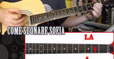 come-suonare-sofia-chitarra